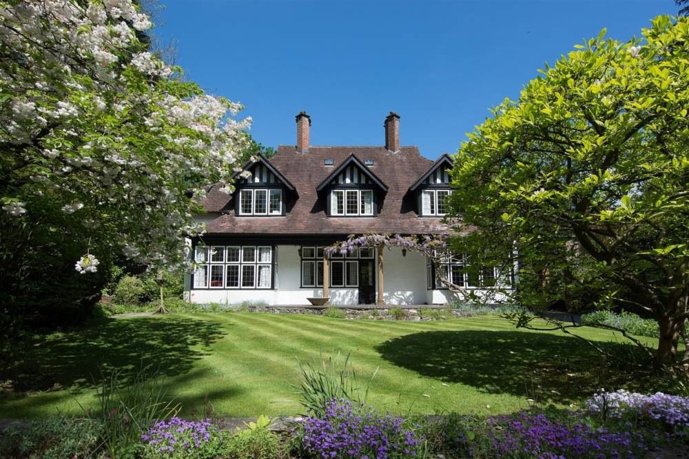 UVH Blog - FOR SALE: FIVE OF THE BEST GORGEOUS GARDENS
