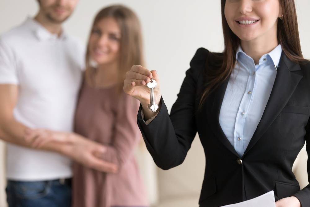 UVH Blog - TOP 5 THINGS TO LOOK FOR IN AN ESTATE AGENT