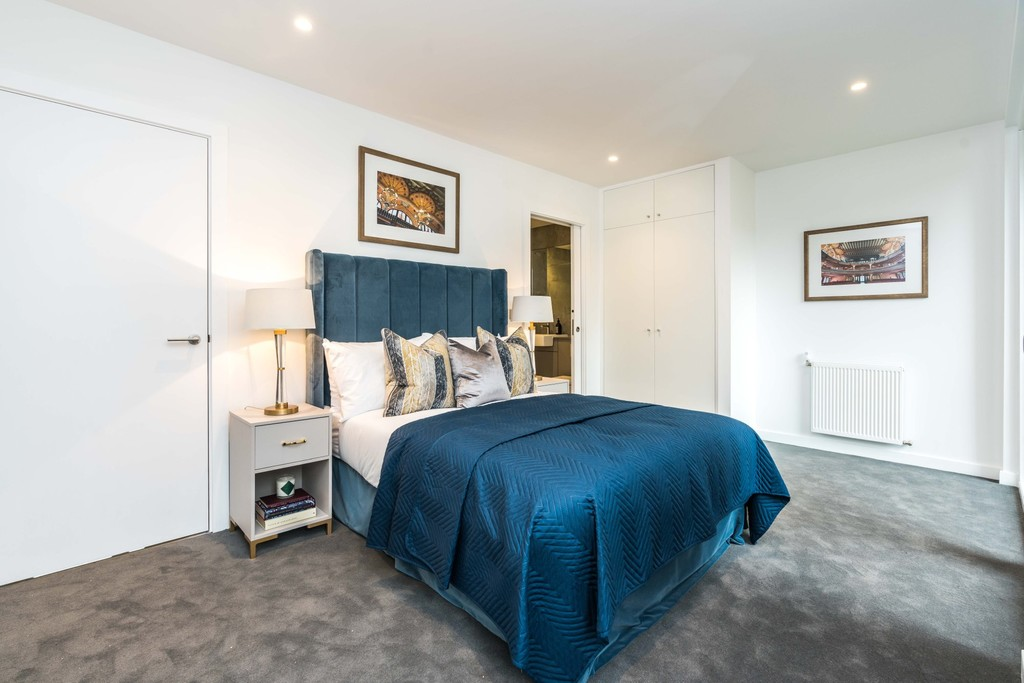 Urban Village Home - Lollard Street, London : Image 13