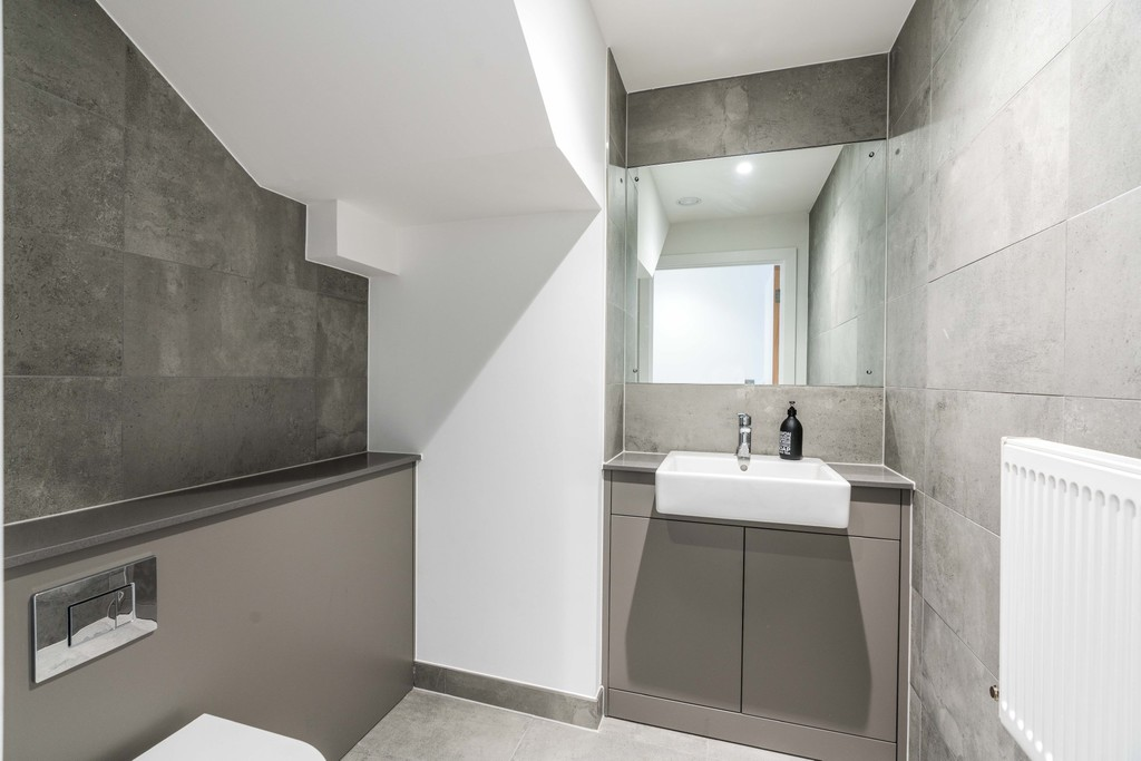 Urban Village Home - Lollard Street, London : Image 16