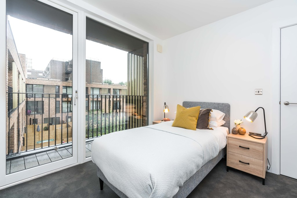 Urban Village Home - Lollard Street, London : Image 11
