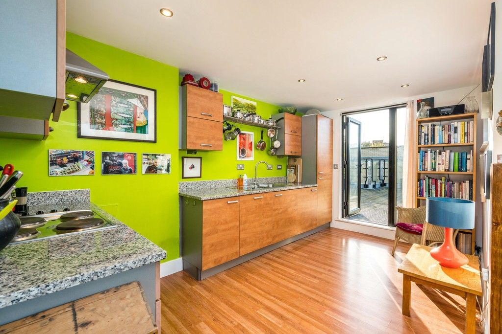 Urban Village Home - Ruskin Heights, Denmark Hill : Image 4
