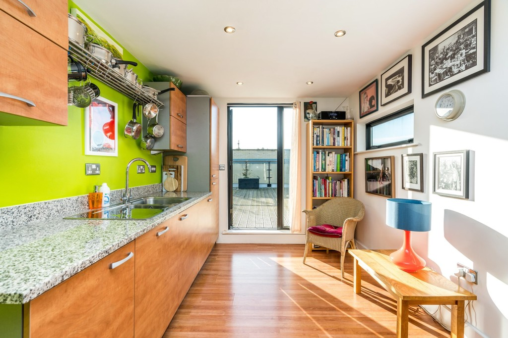 Urban Village Home - Ruskin Heights, Denmark Hill : Image 13